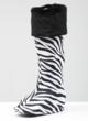 Black Cuffz! on Zebra Bootz!